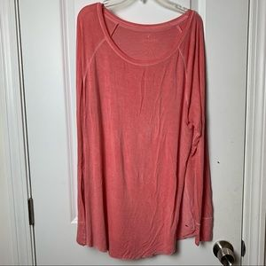 American Eagle Soft and Sexy Large Coral Tee